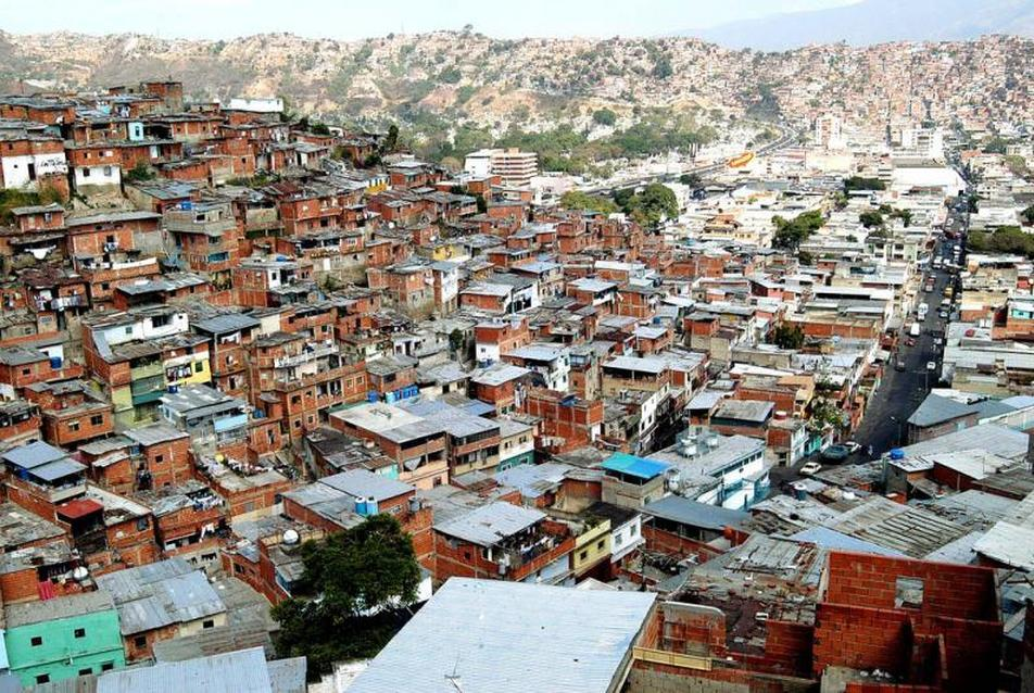 Caracas: The Informal City