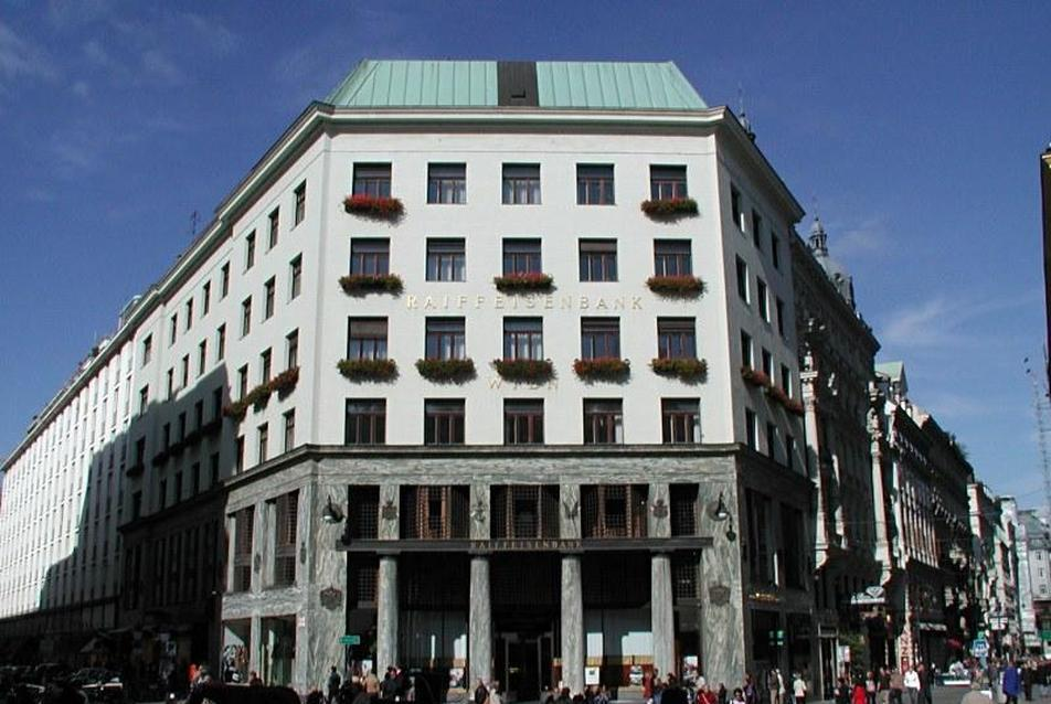 Looshaus, Michaelerplatz, Bécs (tervezte: Adolf Loos, 1910)
